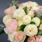 Букет невесты с пионовидной розой и гвоздикой - Фото 5