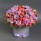 Шляпная коробка с розой и эустомой - Фото 1