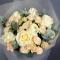 Букет роз Аваланч и Елена спрей - Фото 4