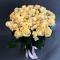 Букет из 51 розы Пич Аваланч и Елена спрей - Фото 1