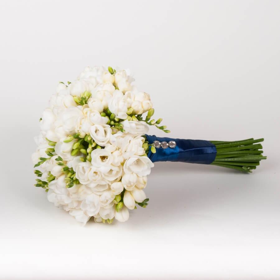 Роз красные, букет невесты из фрезий заказать
